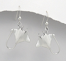 Sterling Silver Manta Ray Dangle Earrings 099