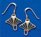 Manta Ray Earrings DE 0250 in gold