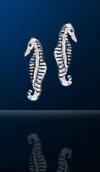 sterling silver sea horse post earrings DE 641