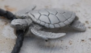 Pewter Turtle Necklace R18